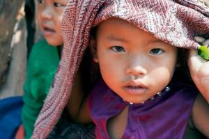I Myanmar uddeler Dansk Flygtningehjælp nødhjælp til mennesker fordrevet pga. konflikter og naturkatastrofer.
